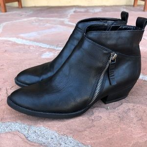 Nine West Zip UP Black Ankle Boots